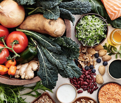 The Best Diet To Reduce Cancer Risk, According To This Oncologist